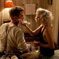Robert Pattinson y Reese Witherspoon se enamoran en 'Agua para elefantes'