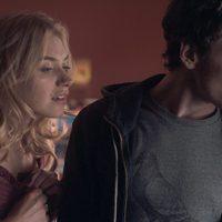 Imogen Poots y Anton Yelchin en el remake de 'Noche de miedo'