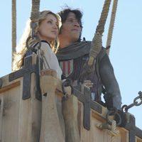 Natasha Yarovenko y Sergio Peris-Mencheta en 'Capitán Trueno y el Santo Grial'