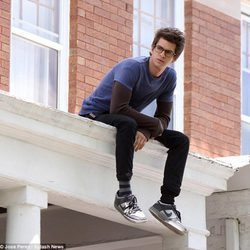 Andrew Garfield como Peter Parker en el set de 'The amazing Spider-Man'