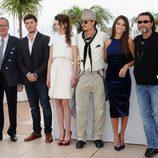Los protagonistas de 'Piratas del Caribe: En mareas misteriosas', en el Festival de Cannes 2011