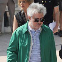 Pedro Almodóvar llega a Cannes para presentar 'La piel que habito'