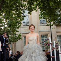 Emma Watson, radiante en la premiére de 'Harry Potter y las reliquias de la muerte: Parte 2'