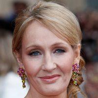 J.K. Rowling en la premiére de Londres de 'Las reliquias de la muerte: Parte 2'