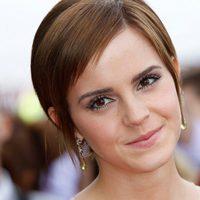 Emma Watson sonríe en Trafalgar Square