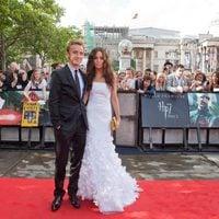 Tom Felton y su novia en la alfombra roja de 'Harry Potter y las reliquias de la muerte: Parte 2'