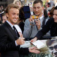 Tom Felton saluda a los fans de Harry Potter