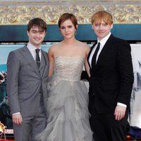 Daniel Radcliffe, Emma Watson y Rupert Grint en la premiére de 'Las reliquias de la muerte: Parte 2'