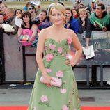 J.K. Rowling posa en la alfombra roja de 'Las reliquias de la muerte: Parte 2'
