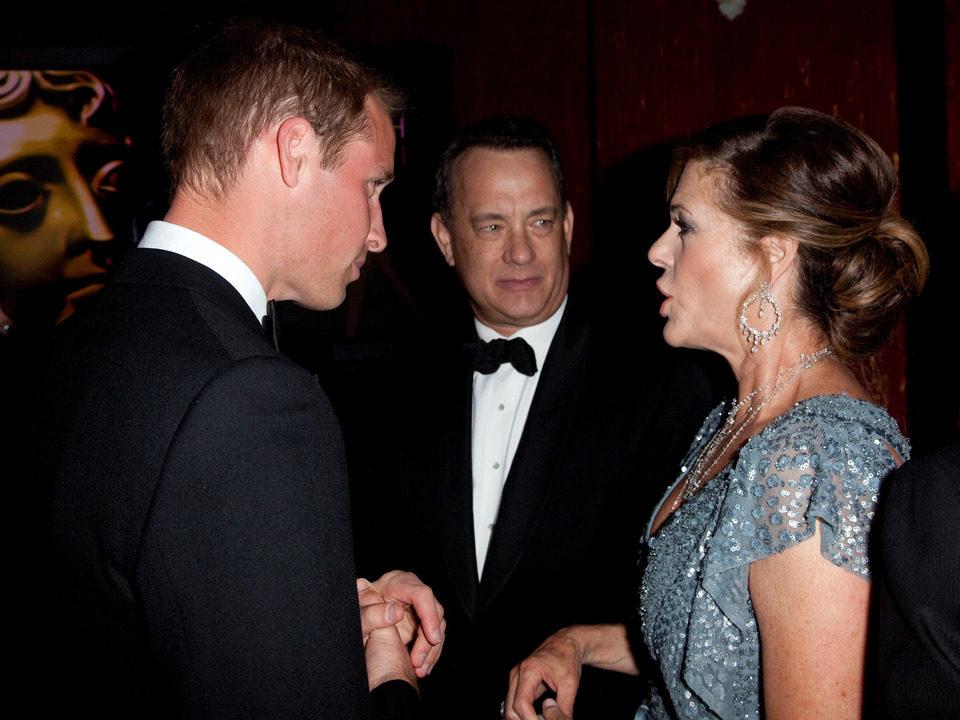 El príncipe Guillermo junto a Tom Hanks y Rita Wilson
