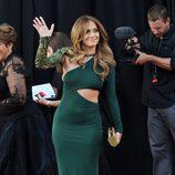 Jennifer Lopez, de verde en el Belasco Theater