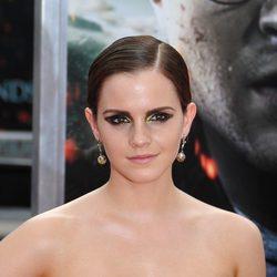 Emma Watson sonríe en la premiére de Harry Potter en Nueva York