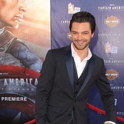 Dominic Cooper en el estreno de 'Capitán América'