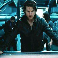 Tom Cruise planea la operación en 'Misión Imposible: Protocolo fantasma'
