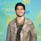 Tyler Hoechlin llega a los Teen Choice Awards 2011