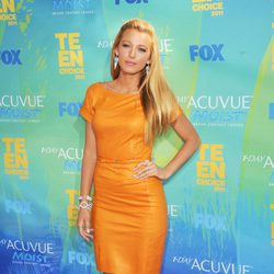 Blake Lively en la alfombra de los Teen Choice Awards 2011