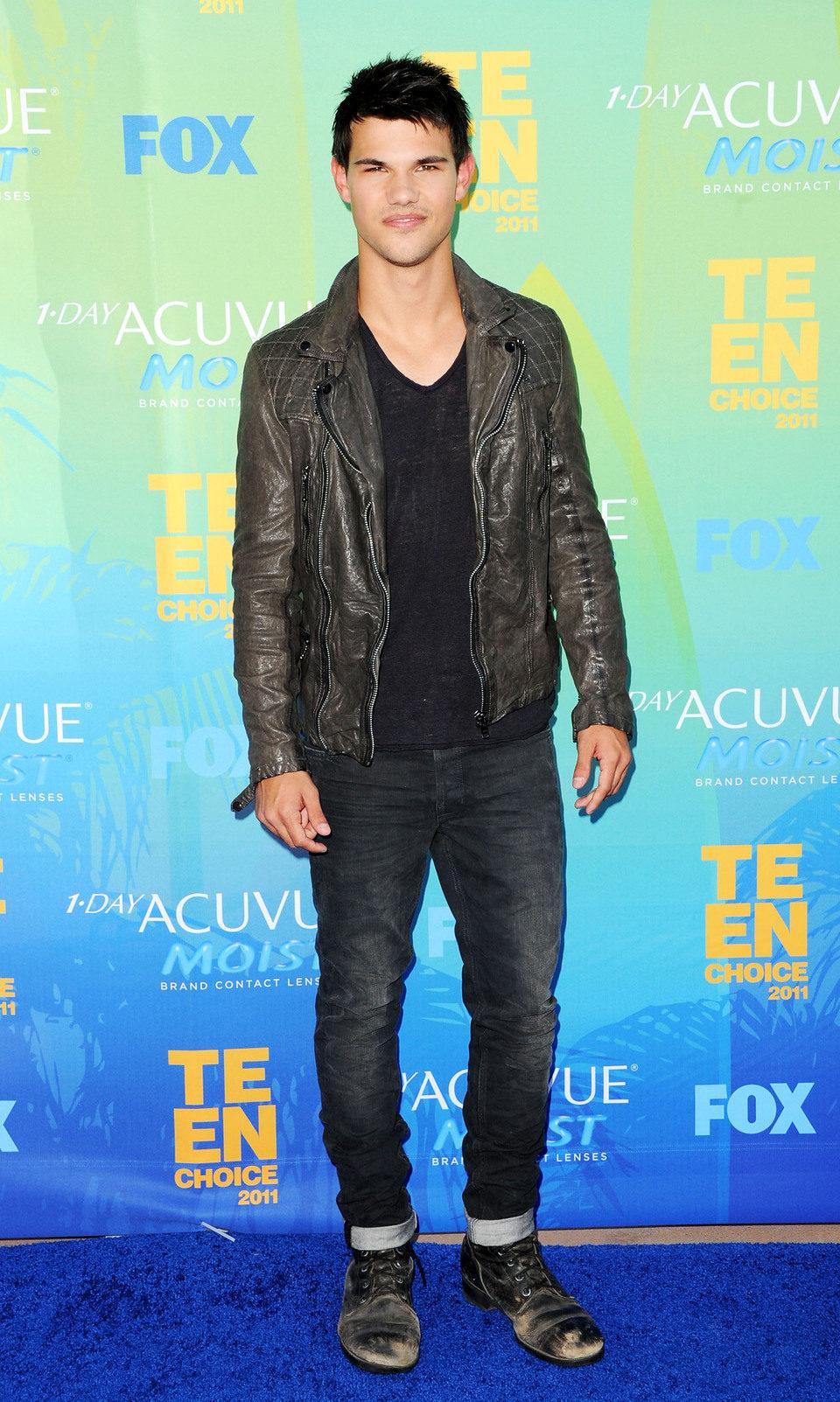 Taylor Lautner en el photocall de los Teen Choice Awards 2011