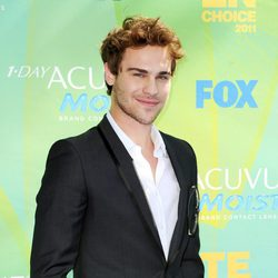 Grey Damon en el photocall de los Teen Choice Awards 2011