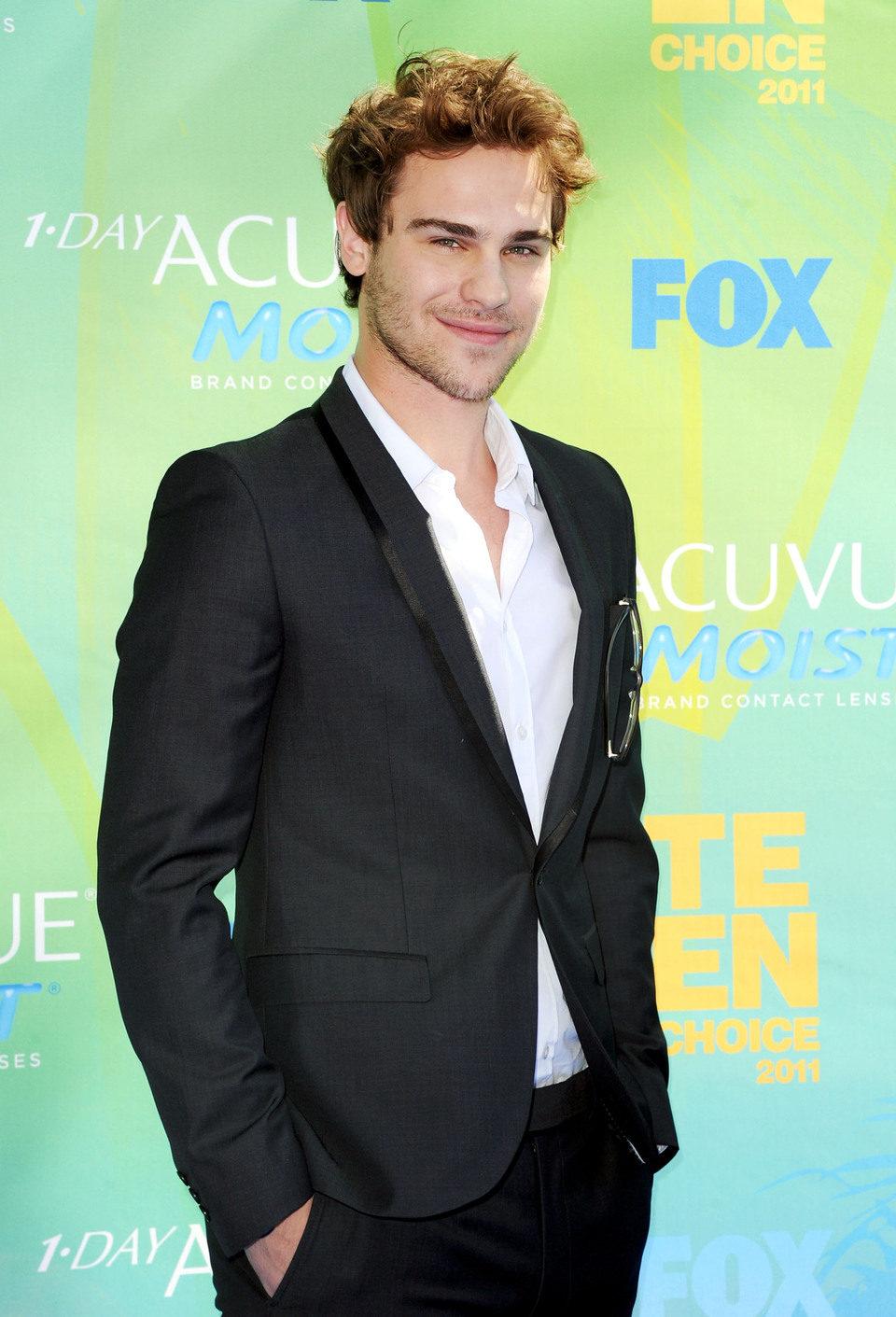 Grey Damon en el photocall de los Teen Choice Awards 2011