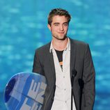 Robert Pattinson recoge su Teen Choice Award