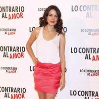 Adriana Ugarte presentó a la prensa 'Lo contrario al amor'