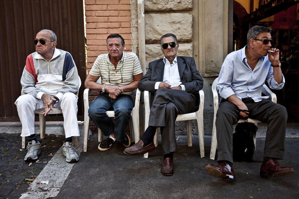 Gianni y sus mujeres, fotograma 1 de 28