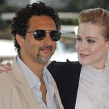 Evan Rachel Wood y el guionista de 'The Ides of March', Grant Heslov, en el Festival de Venecia