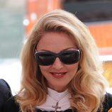 Primer plano de Madonna en el Festival de Venecia