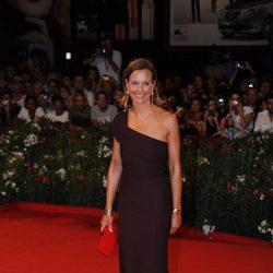 Carol Bouquet en la première de 'Un dios salvaje' en Venecia