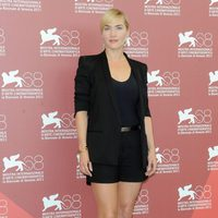 Kate Winslet presenta 'Mildred pierce' en Venecia