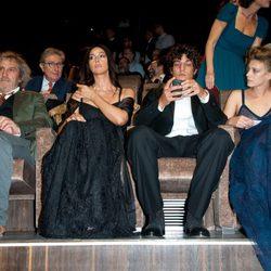 El equipo de 'Un Ete Brulant' en la première del Festival de Venecia