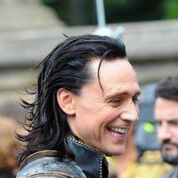 Primer plano de Loki, Tom Hiddleston, en el rodaje de 'Los Vengadores'