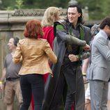 Tom Hiddleston y Scarlett Johansson ensayan una pelea
