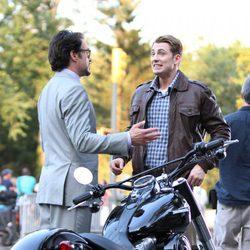 Tony Stark y Steve Rogers discuten en el rodaje de 'Los Vengadores'
