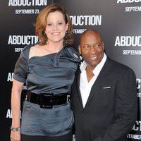 Sigourney Weaver y John Singleton presentan su nueva película en Los Angeles