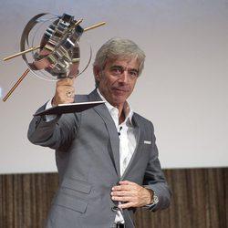 """Imanol Arias recoge el premio """"Una vida de cine"""" en San Sebastián"""