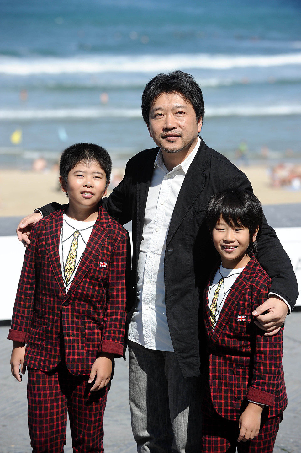 Kore Eda Hirokazu, Koki Maeda y Oshihiro Maeda en San Sebastián