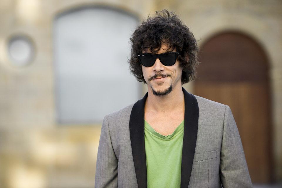 Óscar Jaenada posa en el Festival de San Sebastián