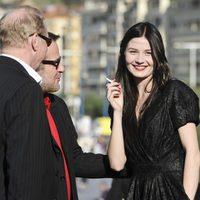 Malin Buska se relaja en el Festival de San Sebastián