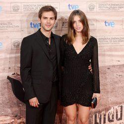 Marc Clotet y Ana de Armas en la premiére de 'La voz dormida'
