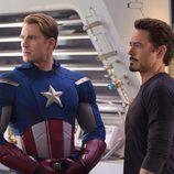 Steve Rogers junto a Tony Stark en 'Los Vengadores'