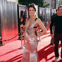 Olga Fonda en la alfombra roja de 'Acero puro'