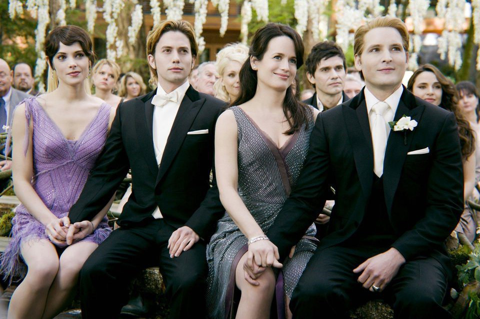 La familia Cullen en la boda de 'Amanecer: Parte 1'