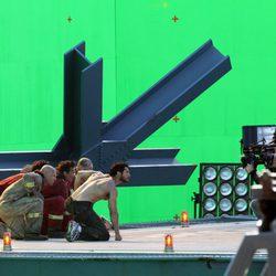 Henry Cavill al acecho en el set de la película de Zack Snyder
