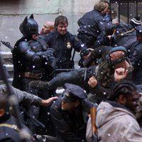 Batman y Bane pelean en el set de Nueva York de 'La leyenda renace'