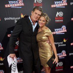 David Hasselhoff y Patricia Montero posan juntos en la premiére de 'Fuga de cerebros 2'