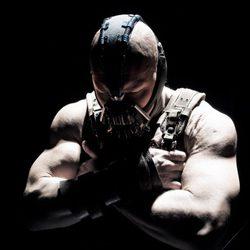 Tom Hardy como Bane en 'El caballero oscuro: La leyenda renace'