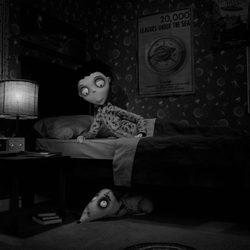 Victor y su perro Sparky en 'Frankenweenie' de Tim Burton