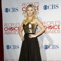 Elisha Cuthbert posa en los People Choice Awards 2012