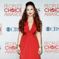 Demi Lovato, muy sexy en los People Choice Awards 2012